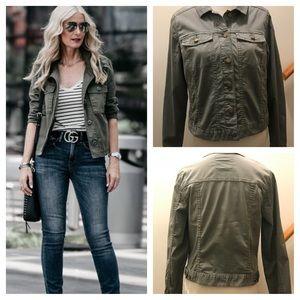 🎄2 DAY SALE🎄denim style jacket Size Med
